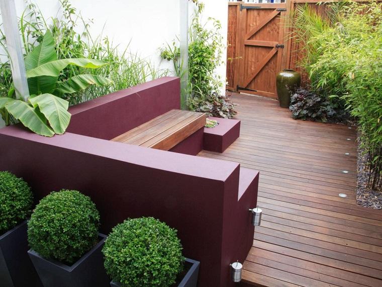 diseno-de-jardines-pequenos-banco-macetas