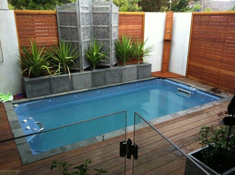 diseño de jardines pequeños piscina plantas ideas