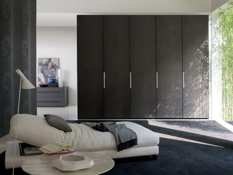 dormitorio armario grande mesa blanca reodnda ideas