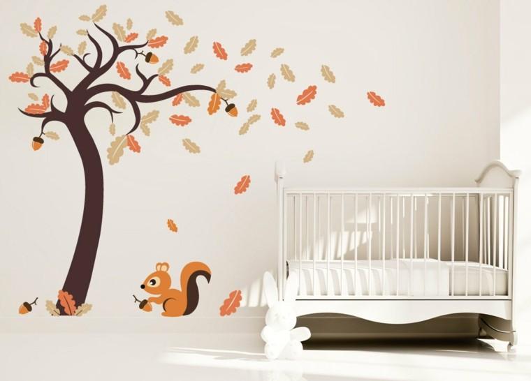 dormitorios infantiles diseño ardillas pared cuna
