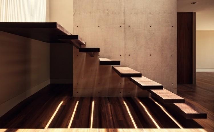 escalera moderna casa madera hormigon