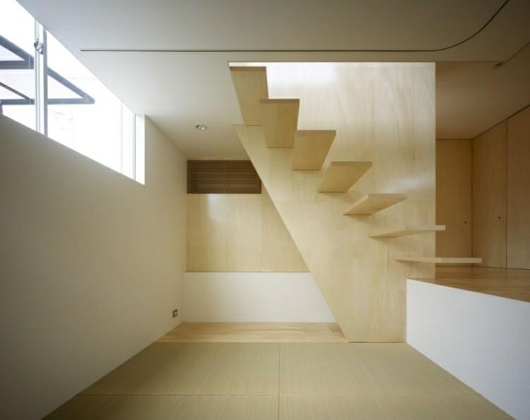 escalera naturalista madera caracol ambiente