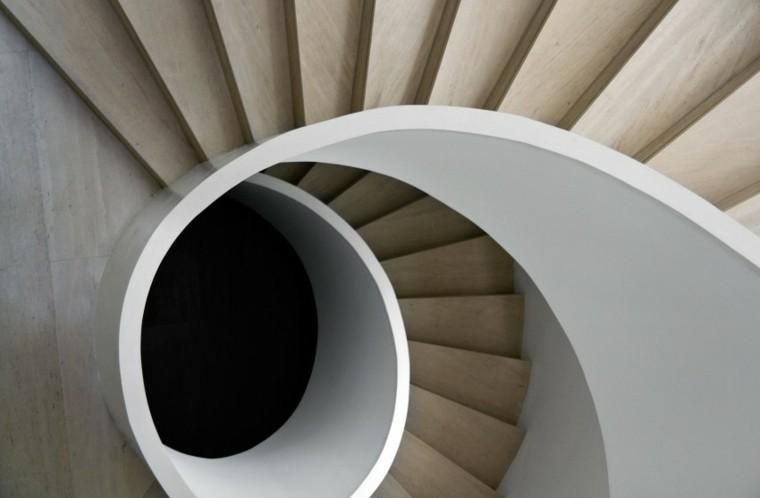 escaleras forma de caracol madera