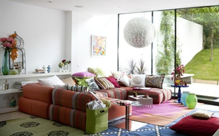 esfera cojines flores rayas alfombras