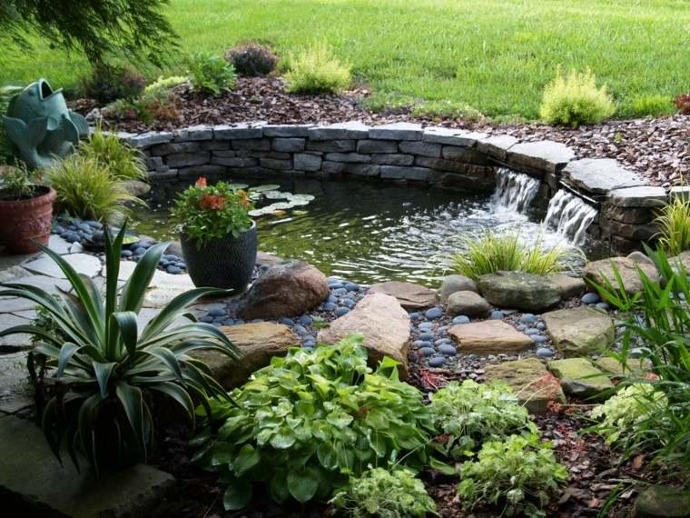 estanque jardin piedra dos cascadas