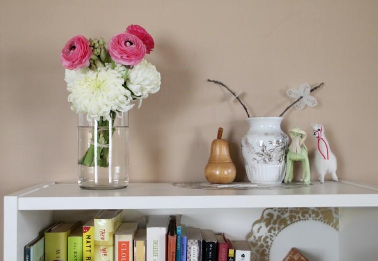 estante rosa decoracion libros vidrio