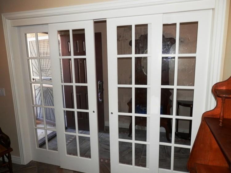 Puerta corredera 50 modelos para un espacio funcional for Comedor terraza easy