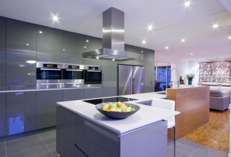 Dise o de cocinas modernas 100 ejemplos geniales for Cocinas grandes modernas