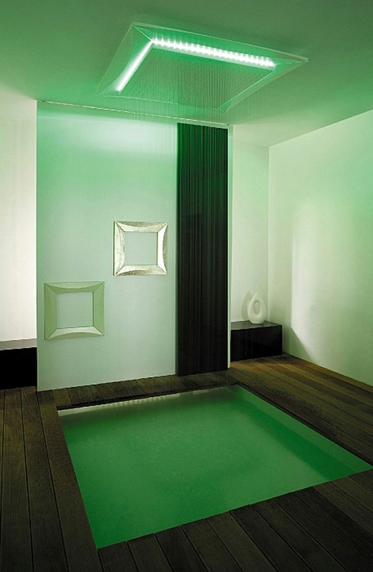 estupenda ducha moderna color verde