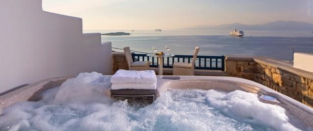 estupendo jacuzzi vistas mar espuma