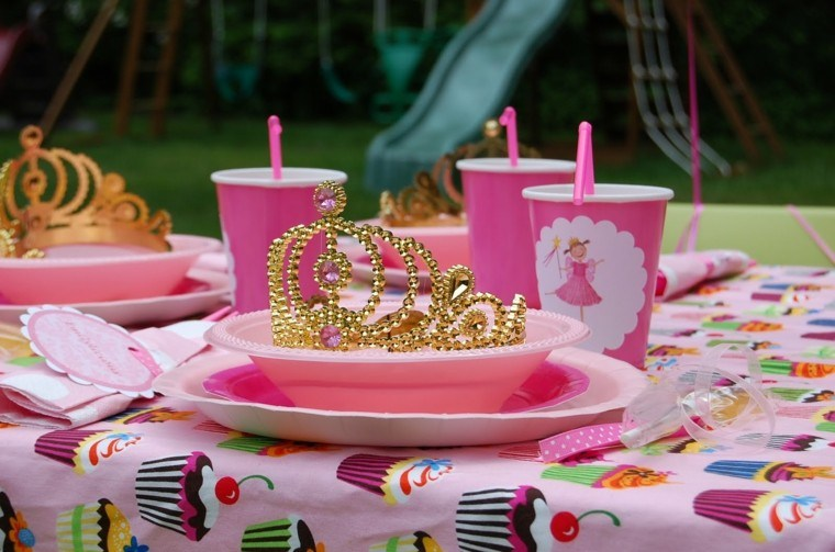 fiesta niña tiara dorada
