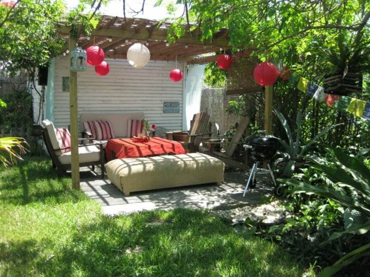 Party en el jard n 50 ideas para decorados de fiestas - Faroles de jardin ...