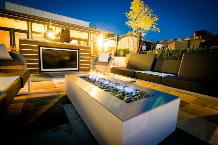 fuego rocas moderno television terraza