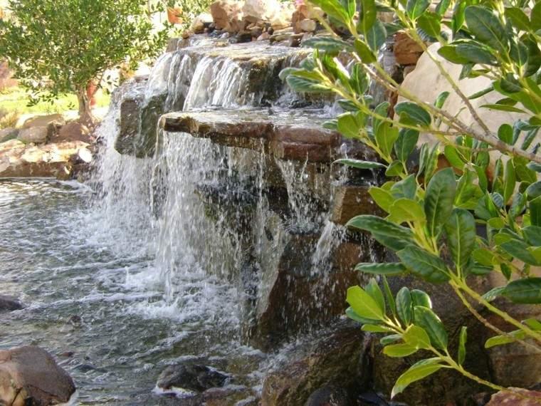 fuentes cascada rocas naturales jardin
