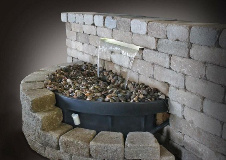 fuentes piedra diseño jardin muro