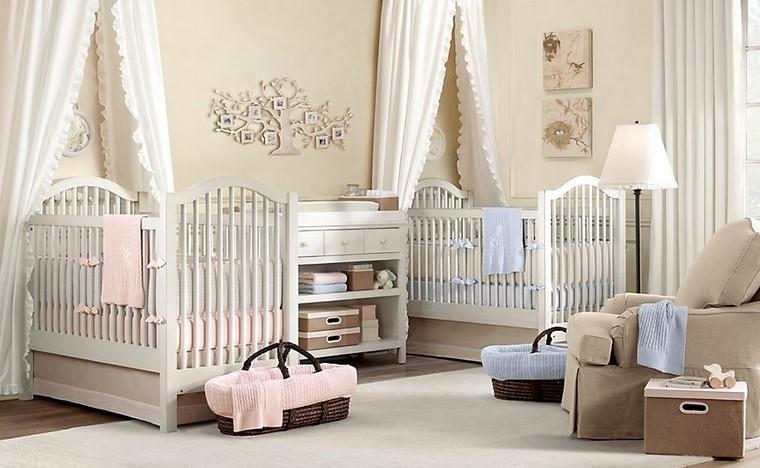 gemelos habitacion dos cunas arbol decorativo bebe ideas