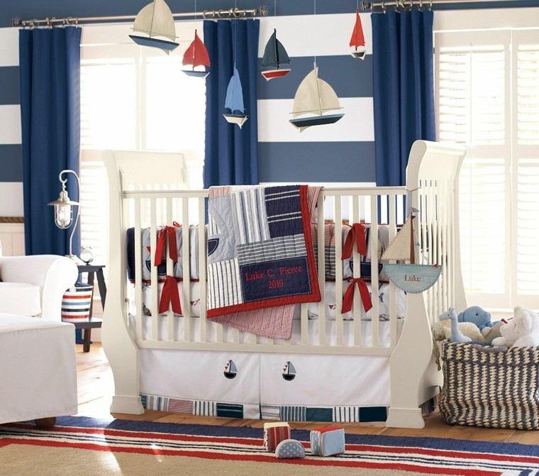 habitacion bebe cuna barcos colgando techo ideas