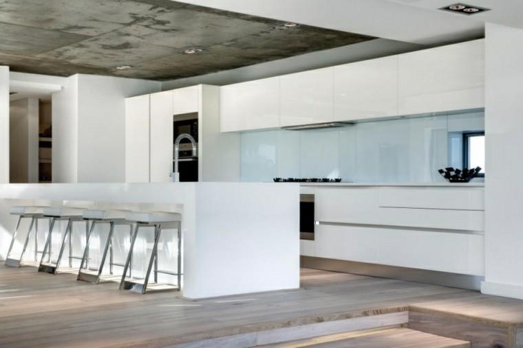 hormigon techo blanco escalones minimalista