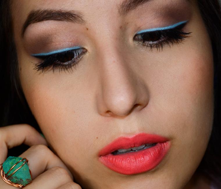 idea verano linea azul ojos maquillaje