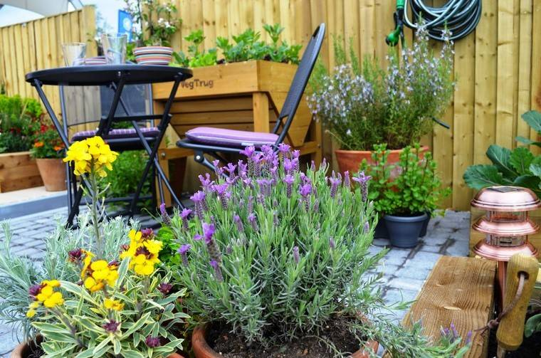 Ideas jardines peque os for Jardines pequenos originales