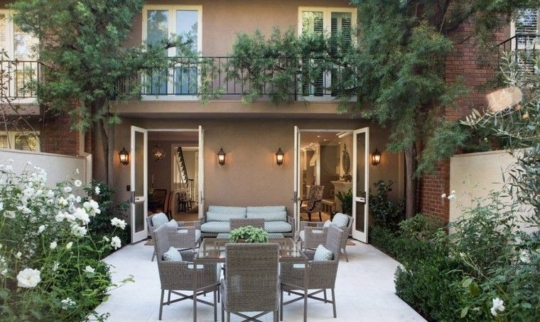 Ideas creativas jardines peque os muy modernos - Suelos para jardines pequenos ...