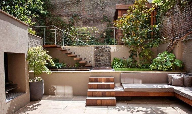 ideas creativas jardines pequeos niveles escaleras madera modernas