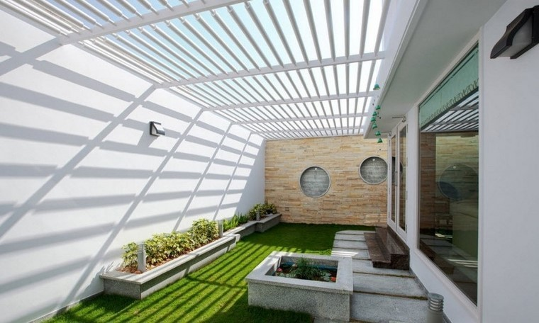 Ideas creativas jardines peque os muy modernos for Jardines de pared para interiores