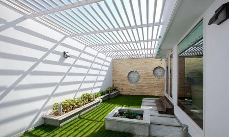 Ideas creativas jardines peque os muy modernos for Jardines interiores pequenos minimalistas