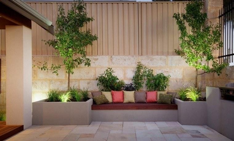 Ideas creativas jardines peque os muy modernos for Fotos de jardines de casas modernas