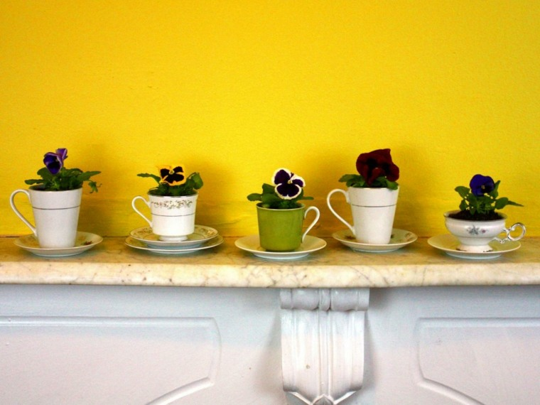 ideas decoracion diy flores pared vajilla