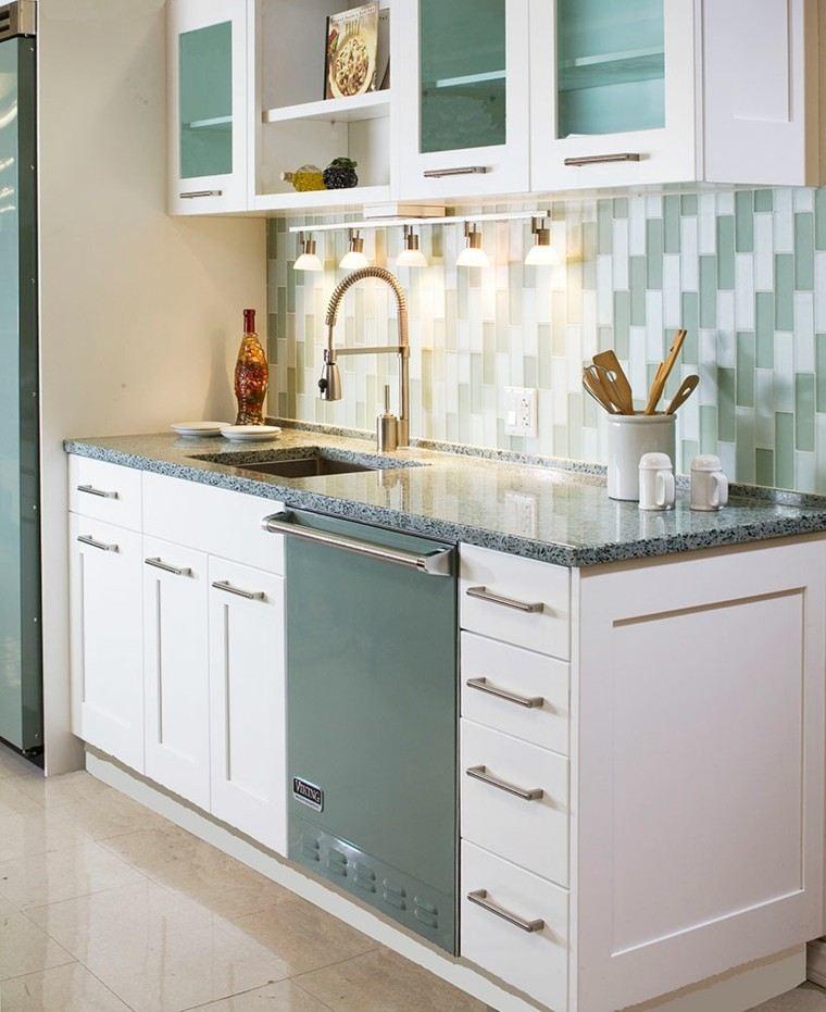 iluminada creacion basica cocina azulado