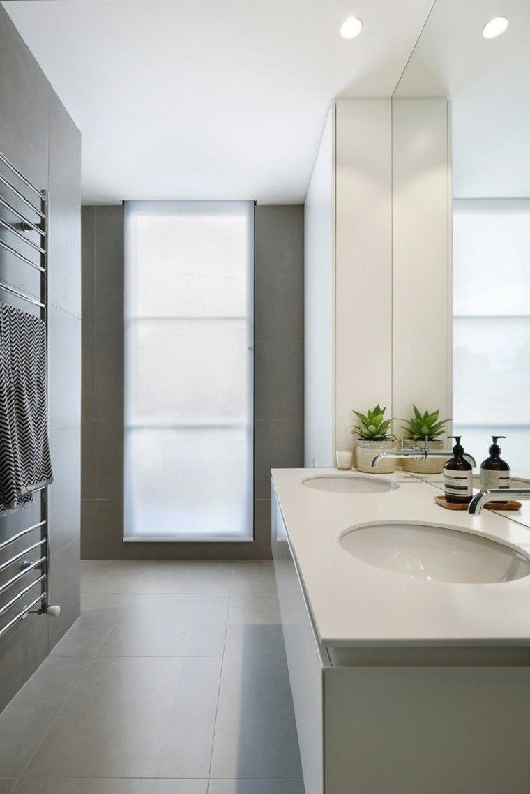 Interiores minimalistas ba os modernos y elegantes for Modelos de baneras para bano