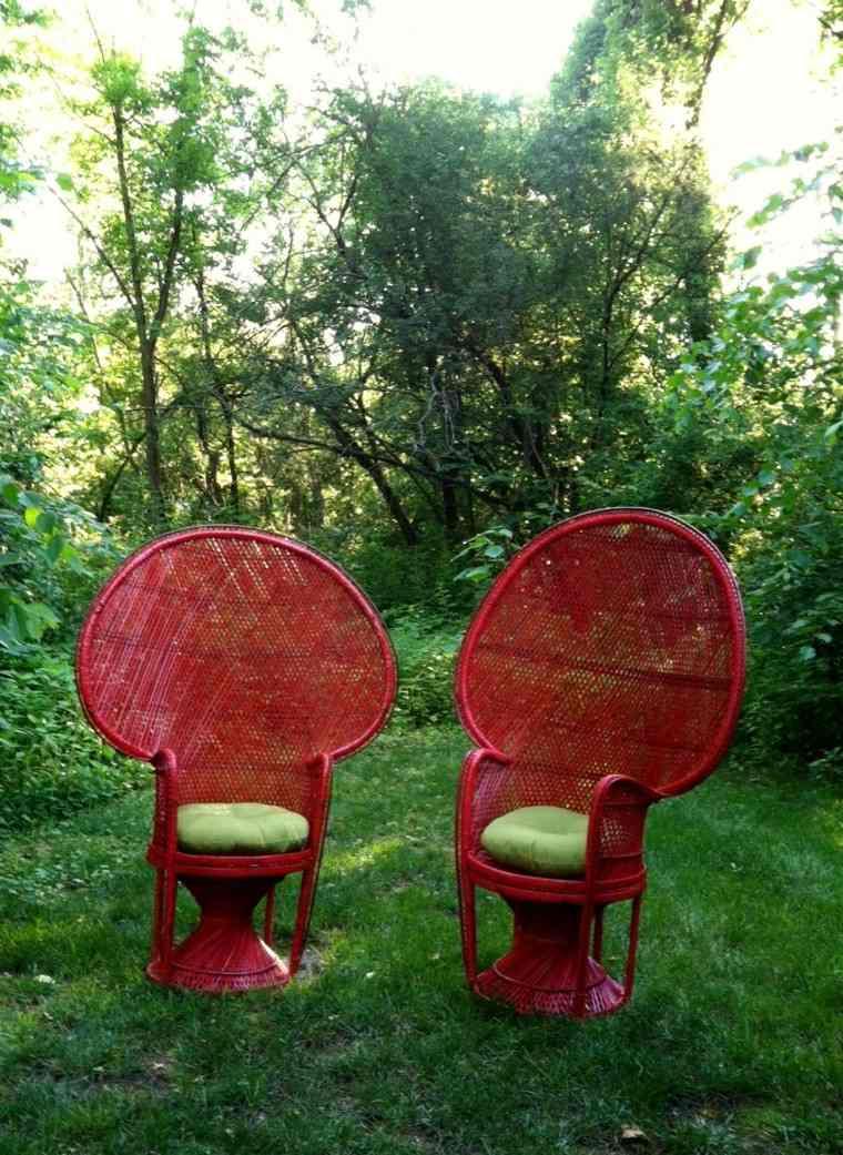 jardin amplio cesped silla pavo ideas