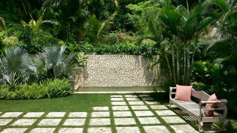 jardin camino baldosas cuadradas banco
