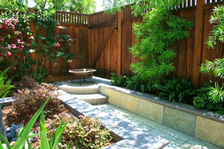 Plantas ornamentales jard n natural ideas preciosas for Jardines pequenos con jardineras