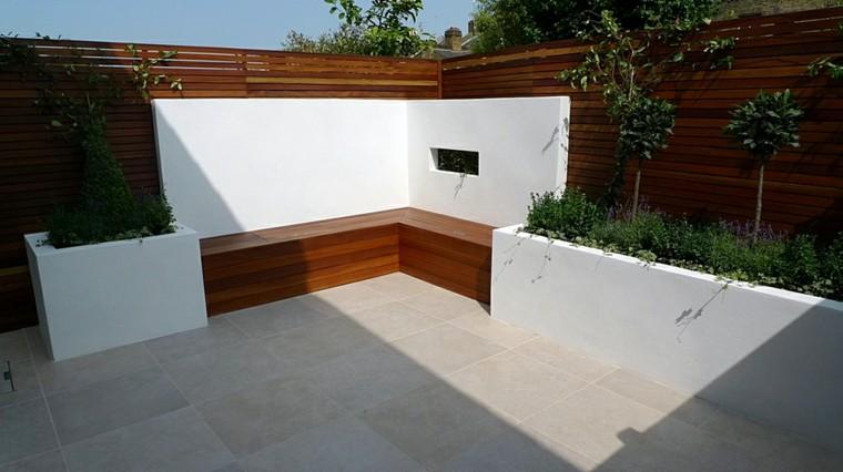 jardin estilo minimalista banco madera