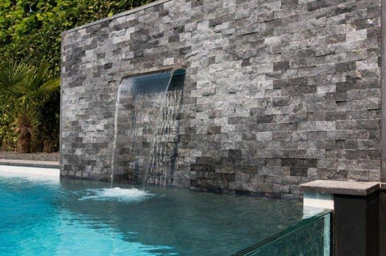 jardin moderno muro cascada piscina