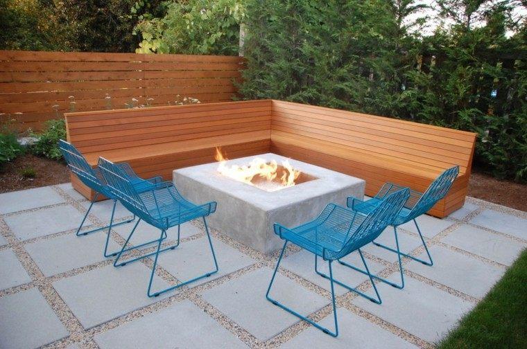 jardin pequeno lugar fuego sillas acero ideas