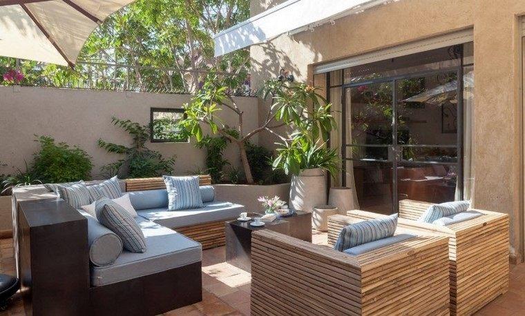 Ideas creativas jardines peque os muy modernos for Muebles para jardin pequeno