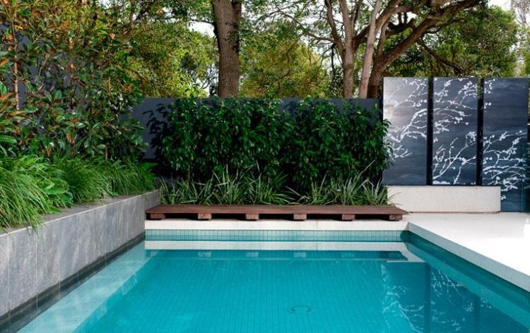 jardin piscina plantas mosaico ceramica