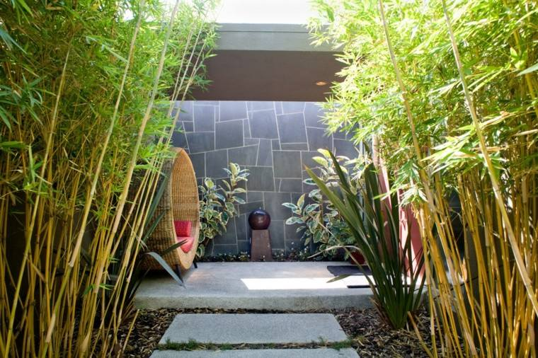 jardin trasero lugar descanso plantas naturalidad ideas