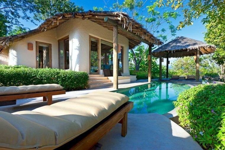 jardin tropical piscina mirador tumbonas