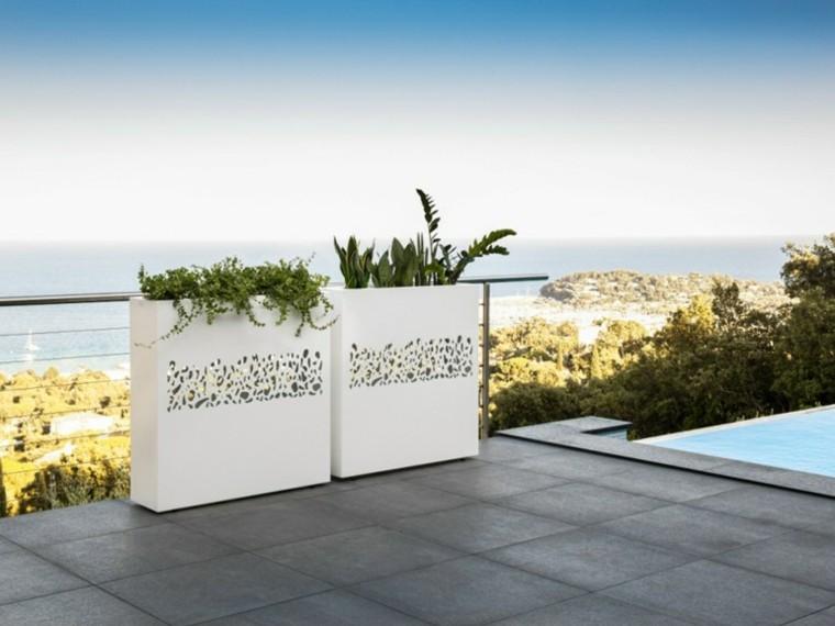 jardineras blancas altas terraza moderna ideas