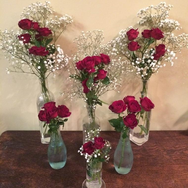 jarrones vidrio flores rojas rosas