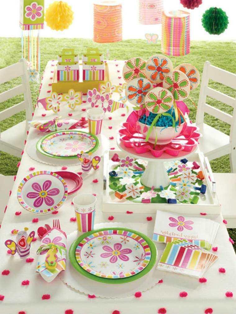 la mesa colorida rosa blanca niña