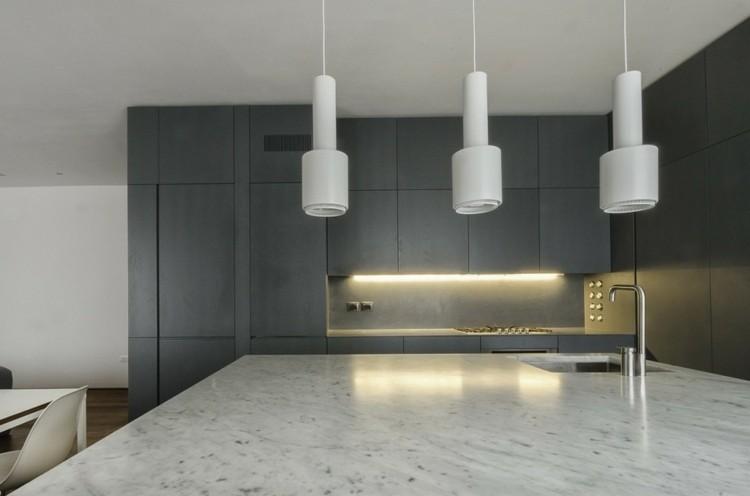 lamparas blancas encimera marmol italiana