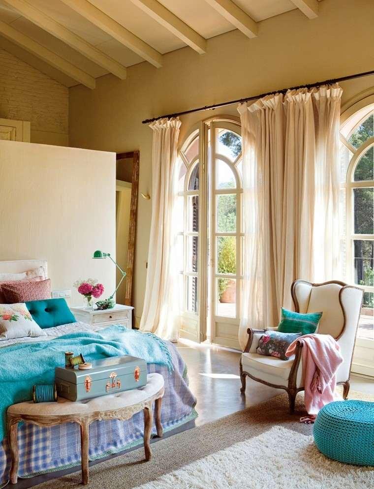 lamparas diseno maletas cortinas azul