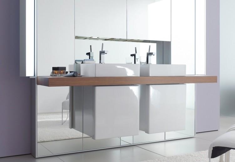 lavabos modernos sobre encimera blancos