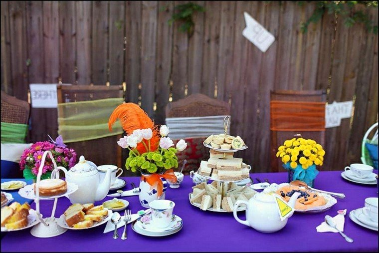 mantel color violeta fiesta jardin