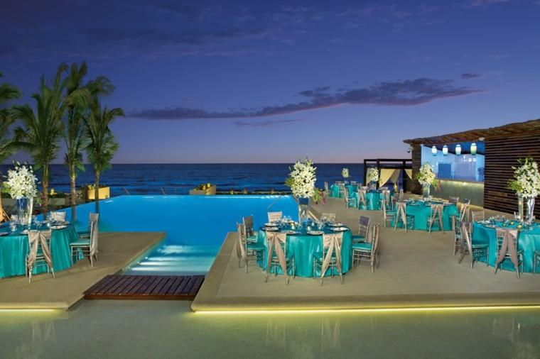 manteleria colores fiesta piscina mesas